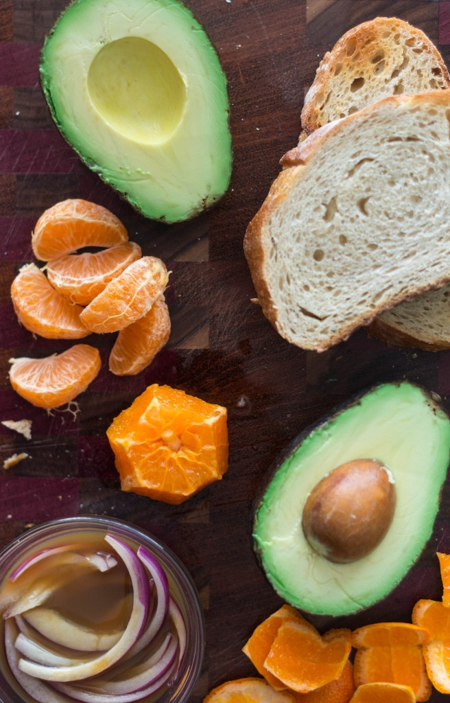 This avocado orange toast is the perfect snack and a great way to start your day. So easy! | becausefoodislife.com