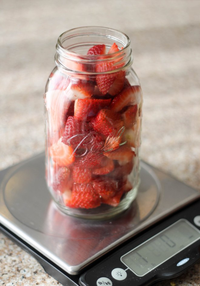 Quick Pickled Strawberries - Perfect for both savory and sweet dishes | Becausefoodislife.com